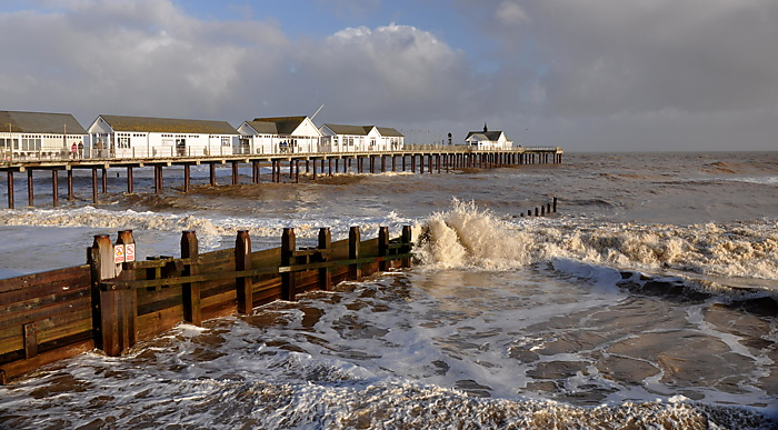 Weekend sundries: Southwold ''To the pier''